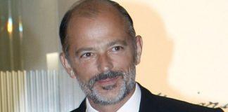 Българи в Испания. Княз Кубрат Сакскобургготски бе определен за един от най-добрите испански хирурзи