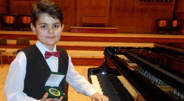 Малкият Виктор първи и на конкурс за пиано във Виена