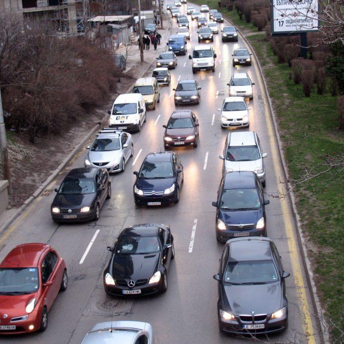 Българите карат най-старите коли в Европа
