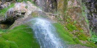 Смоличанският водопад помага на тежко болни