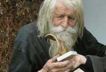 Да, дядо Добри е луд, колкото и всички ние сме такива. Луд от любов към Бог и неговото творение – човекът
