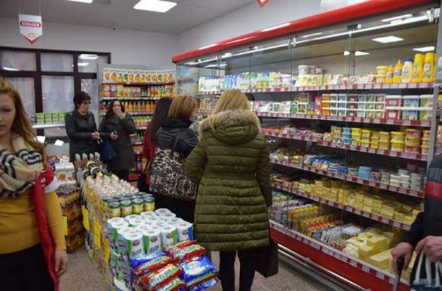 Двойният стандарт при храните за българите не само обира, но и убива