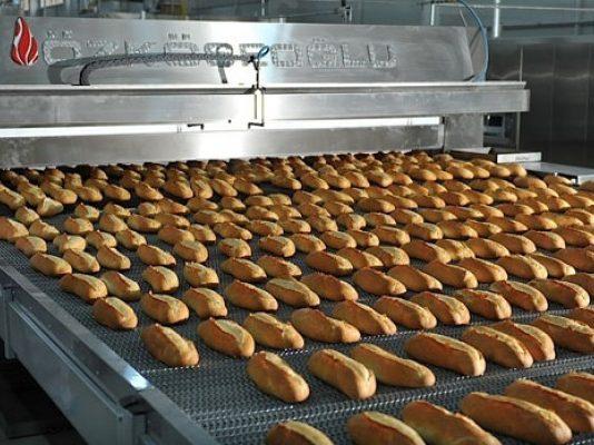 Мек, бял, вкусен, ухаещ – да, ама не! Вижте истината за хляба, който всеки ден ядем!
