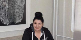 Алина Георгиева - варненката, която създава уникални картини със скалпел