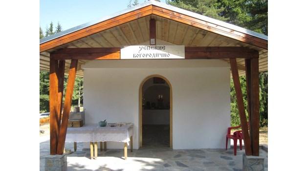Родопско село построи и поддържа 29 параклиса на различни светци