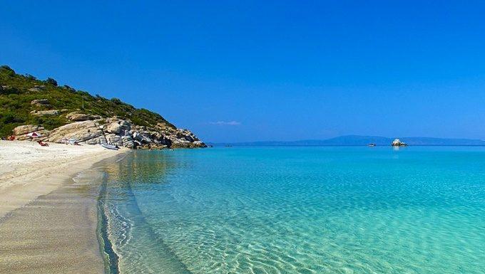 Българин пита гръцките хотелиери по морето им: Може ли да сте толкова прости, като имате цяла златна мина