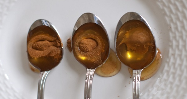 Мед и канела! Дори лекарите са очаровани! Ето какво лекува тази народна рецепта!