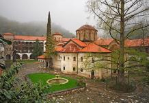 Десет века Бачковският манастир е духовно огнище на православната вяра