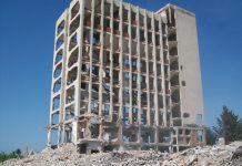 Как бандитската приватизация унищожи българската икономика още през 90-те