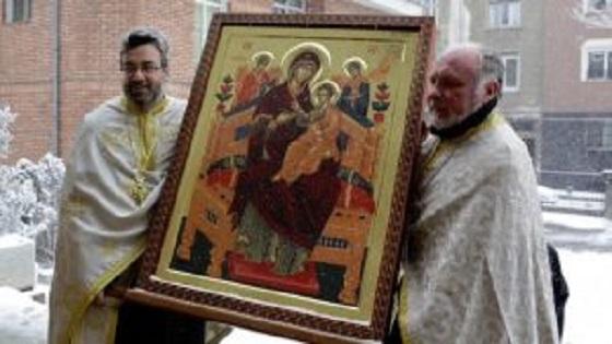 """""""Плачещата Богородица"""" – най-силната икона, която помогна на хиляди хора зърнали я"""