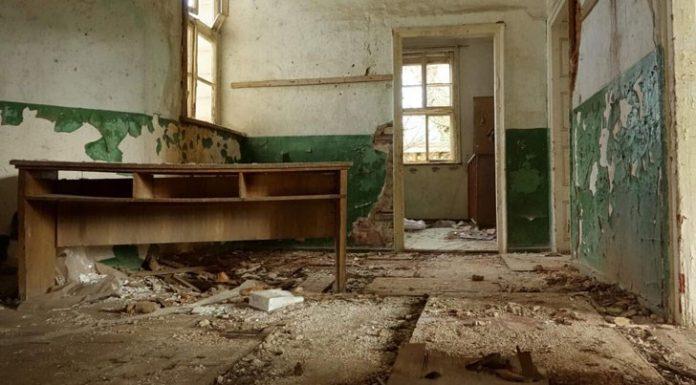 Пет века сме откривали училища във всяко село, а сега ги закриваме. Под робство сме оцелели, под европейското загиваме!
