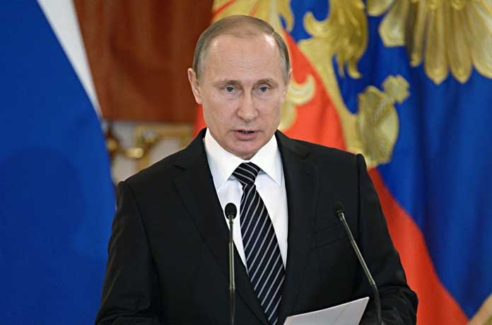"""Путин заради пандемията: Социалните помощи да се подновяват автоматично, """"почивки"""" при кредитите, отсрочка на данъците"""