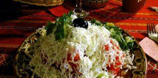 Знаменит бургазлия разкри оригиналната рецепта на шопската салата