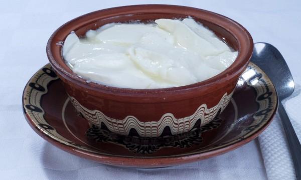 Колко истинско е българското кисело мляко днес