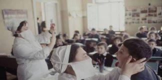 Search... За насЗа рекламаЗа контакти socbg.com НАЧАЛОЛЕТОПИССНИМКИЛИЦА И ИСТОРИИВЧЕРА И ДНЕСВИДЕО Спомени от Народната република Начало / Лица и истории / С дъх на спомени / След аварията в Чернобил, в училище ни раздаваха едни малки жълти хапченца. Помните ли ги? След аварията в Чернобил, в училище ни раздаваха едни малки жълти хапченца. Помните ли ги?