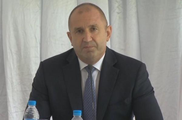Радев: Българите имат право да знаят истинското състояние на страната (видео)